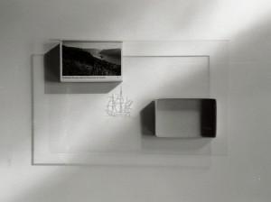 """""""Combien de pays sont-ils traversés ou bordés ?"""",photographie contrecollée sur alu.,20 x30 cm, 1 ex., 1999"""